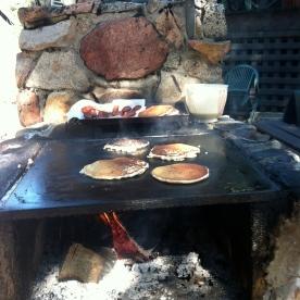 Outdoor breakfast!